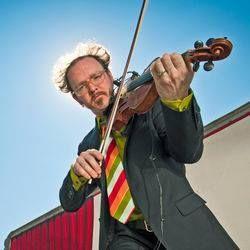 Violinista Casey Driessen
